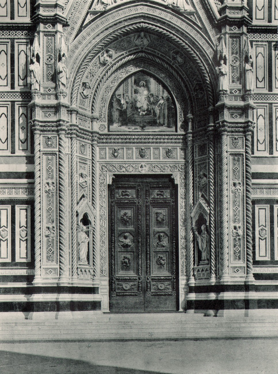 Door Of The Duomo Of Florence Italy Photoseed