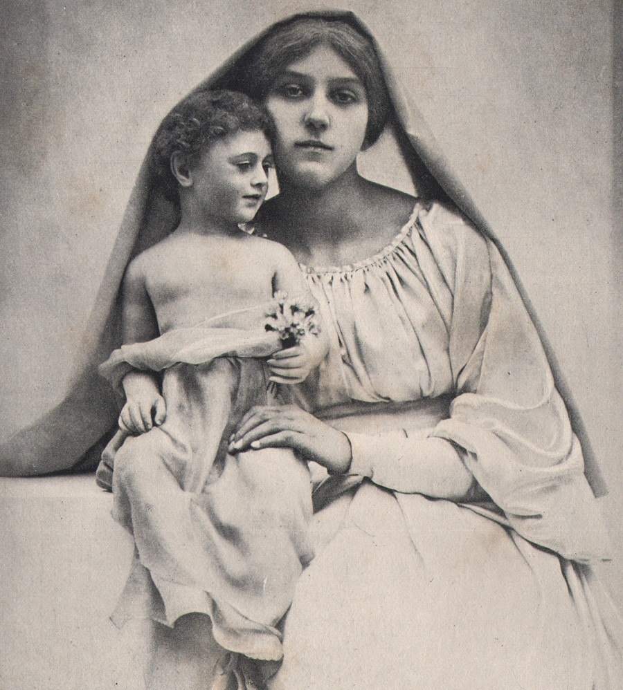 blog-adolf-de-meyer-madonna-and-christ-child