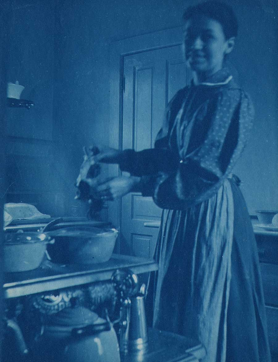 13-woman-cooking-in-kitche