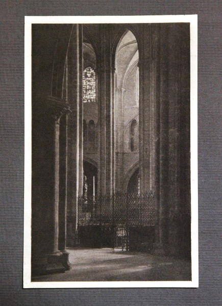 Height and Light - Kathedrale in Bourges  (Frankreich)