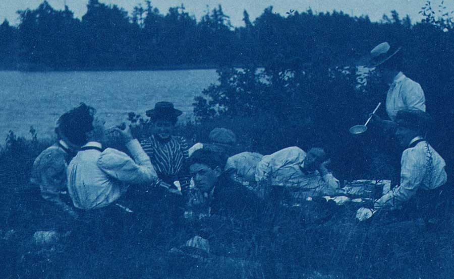 14-picnic-on-lake-1899