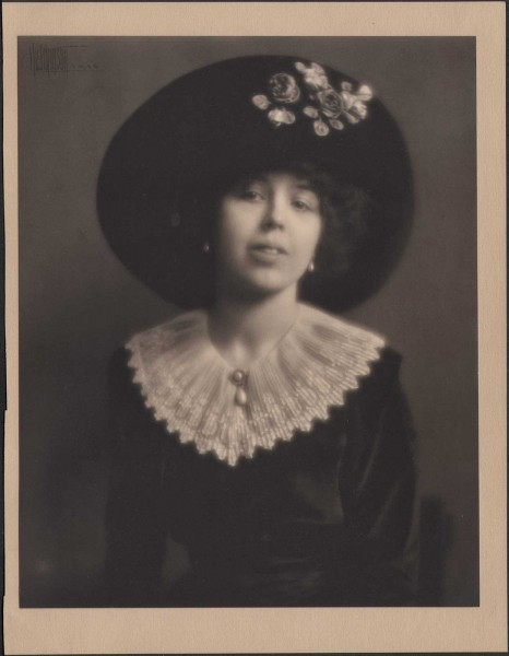 Chicago Socialite with Hat: Marjorie or Rosepha P. Chisholm