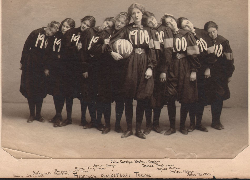 1-smith-1900-basket-ball-team-freshman